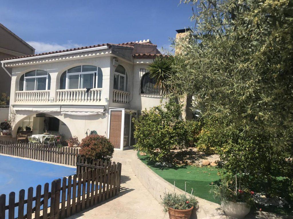Casa en venta en Serramar
